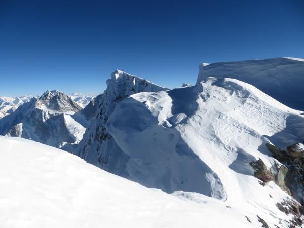 Wyprawa na Broad Peak 2013: wierzchołek główny widziany z Rocky Summit (fot. Adam Bielecki)