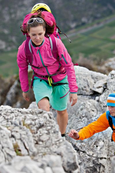 Smukłość plecaka ma wpływ na jego równowagę na naszych plecach (fot. Vaude)