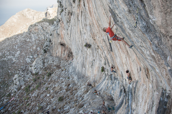 Alexander Megos na The North Face Kalymnos Climbing Festival (fot. The North Face/Damiano Levati)