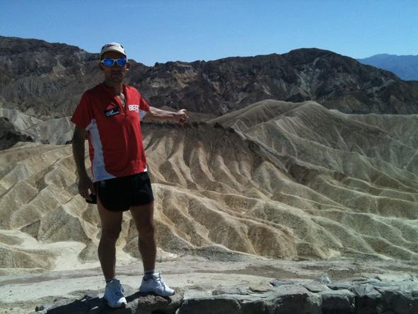 Trasa wiedzie kalifornijską Doliną Śmierci (fot. carlos-sa.com)