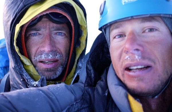 Rafał Sławiński (z lewej) i Joshua Lavigne po przejściu Żebra Cassina na Denali (fot. Joshua Lavigne)