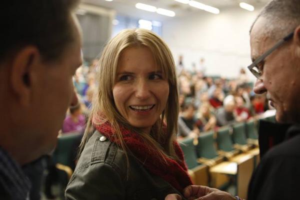 KFG 2013, panel dyskusyjny dotyczący wyprawy na Broad Peak i himalaizmu zimowego - Renata Wcisło (fot. Wojciech Lembryk/KFG)
