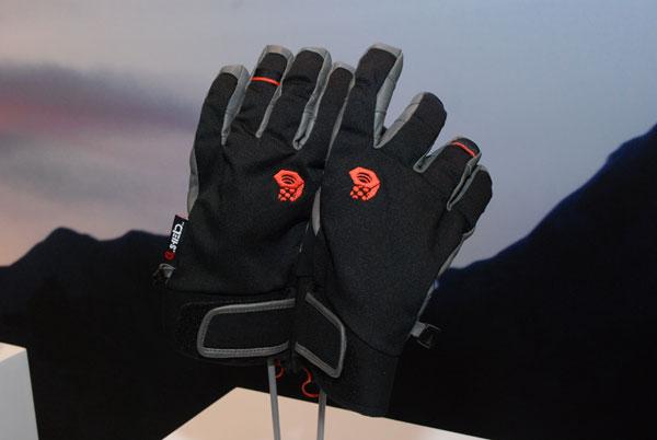 Mountain Hardwear - rękawice Hydra Lite (fot. Outdoor Magazyn)