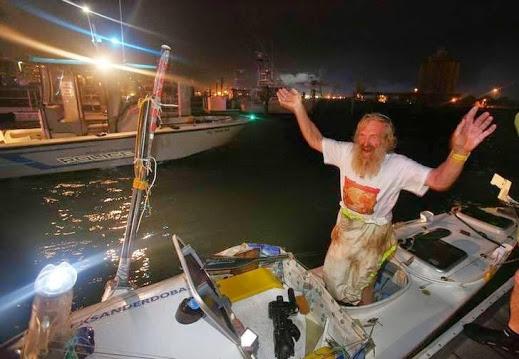 Olek Doba wylądował w Port Canaveral (fot. Piotr Chmieliński)