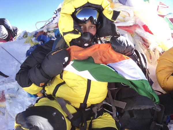 Chhanda Gayen na szczycie Mount Everestu (źródło: wikipedia)