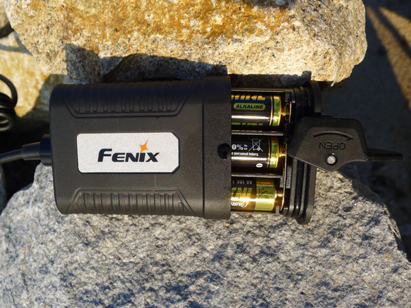 fenix_hp05_battery_carier
