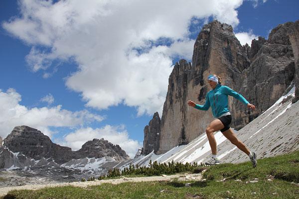 Ania podczas treningu w Dolomitach/w rejonie Tre Cime di Lavaredo (fot. Dominik Jagieła)