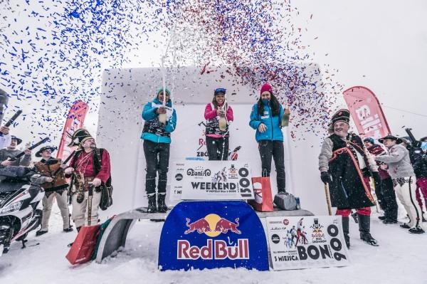 Red Bull Bieg Zbójników - podium pań (fot. Bartosz Woliński)