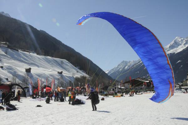 Zawody paraglajdowe Stubai Cup (fot. Stubai Tirol)