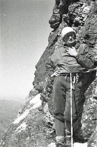 Stanisław Biel po przejściu Trawersu Hinterstoissera (fot. Jan Mostowski). Źródło: Sklep Podróżnika