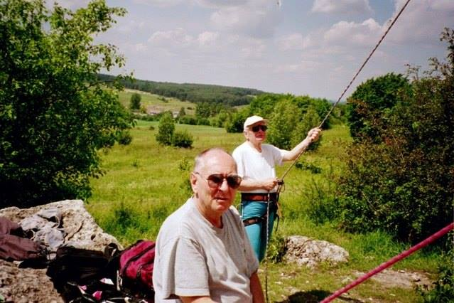 Maciej Bernatt i Janusz Kurczab w skałach (źródło: Sklep Podróżnika)