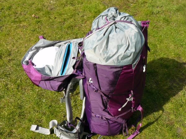 Z odpinanej klapy można zrobić mały plecak (fot. Outdoor Magazyn)
