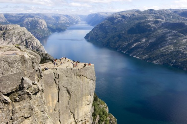 Pulpit-Rock_Visit Norway