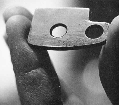 RURP (Realized Ultimate Reality Piton) - wynalazek Yvona Chouinarda i Toma Frosta. Produkowano go ze stali chromowo-niklowej i wykorzystywano do wąskich szczelin (fot. Patagonia)
