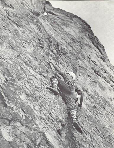 Rzut okiem na modę wspinaczkową w 1970 roku (fot. Climbing Magazine)