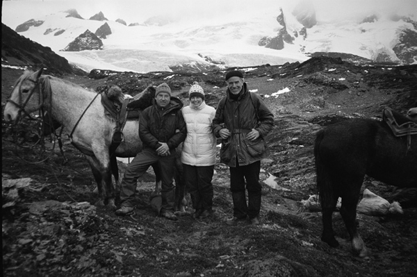 Yvon Chouinard, Kris McDivitt Tompkins i Doug Tompkins w Tierra del Fuego, Chile (fot. Patagonia)
