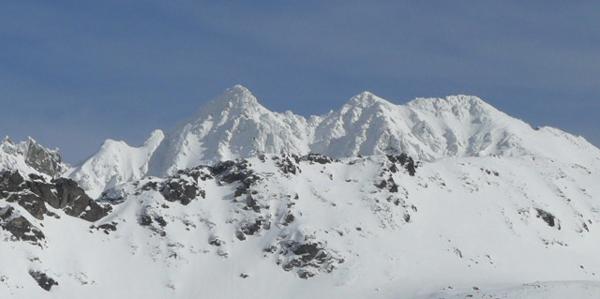 Ośnieżone szczyty Granatów w Tatrach (fot. Aneta Żukowska)