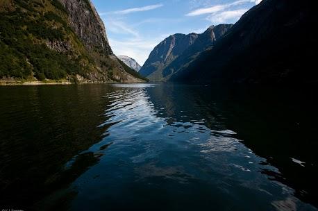Malownicze fjordy (fot. Konrad Konieczny)