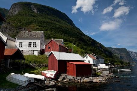 Norweska architektura nad brzegami fjordów (fot. Konrad Konieczny)