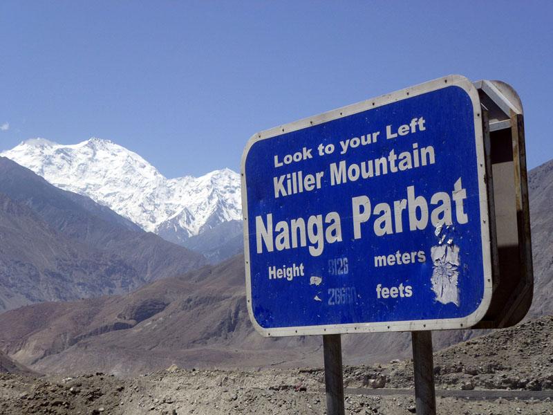 Nanga Parbat z doliny Indusu (fot. marekholecek.cz)