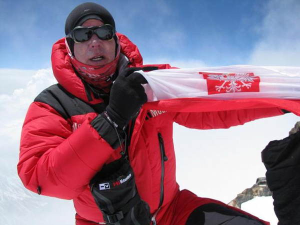 Artur Hajzer na szczycie Nanga Parbat, 2010 rok (fot. Polski Himalaizm Zimowy)