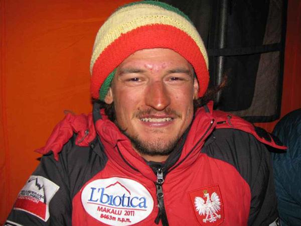 Adam Bielecki po zakończeniu akcji górskiej (fot. Artur Hajzer)