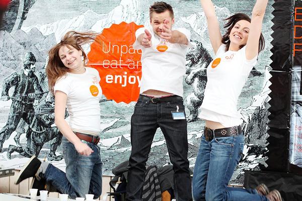 Właściciele marki LYO FOOD, od lewej: Laura Godek, Przemek Skrzypek i Wioletta Godek (fot. LYO FOOD)