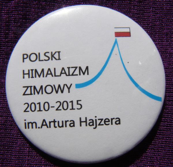 Znaczek Polski Himalaizm Zimowy im. Artura Hajzera, który otrzymał każdy uczestnik biegu