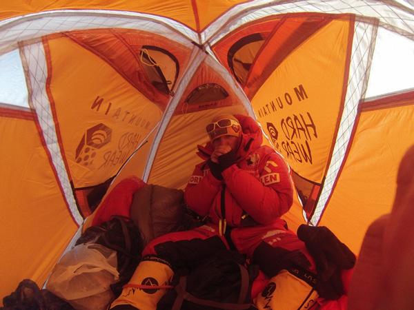 Zimowa wyprawa na Broad Peak: w obozie III (fot. Tomek Kowalski)