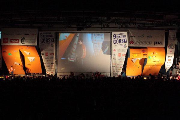 Mistrzostwa Polski w Boulderingu na KFG 2011 (fot. Adam Kokot/KFG)