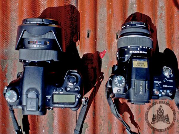 Po lewej ciężka i duża A77, po prawej - mała i lekka A55. Wybieramy kompromis między wagą, a jakością zdjęć