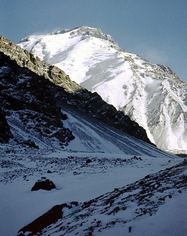 Zima 1973. Widok na zachodnią grzędę Noszaka (fot. Benon Czechowski)