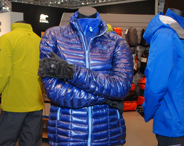 Kurtka Super Compressor Hooded Jacket marki Mountain Hardwear z ociepliną Thermal.Q Elite (fot. Outdoor Magazyn)