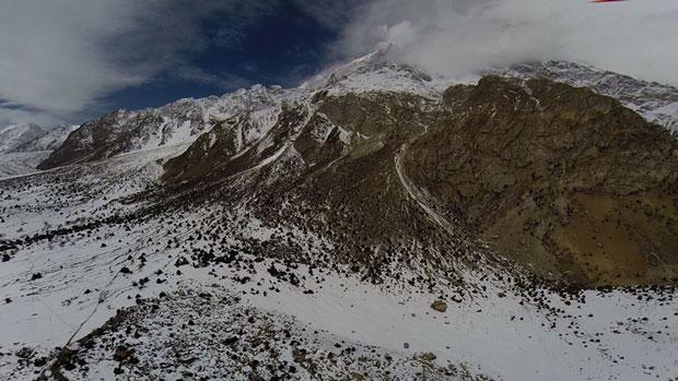 Zdjęcia na teren wokół Nanga Parbat wykonane przez drona (źródło: Simone Moro)