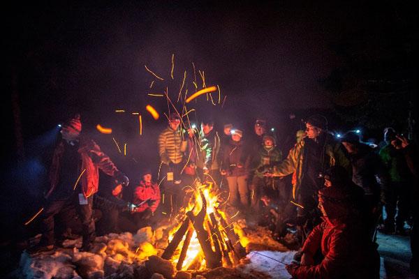 WinterCamp 2014 - wieczór przy ognisku (fot. WinterCamp)
