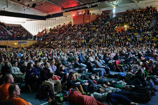 Kolosy 2014 - pełna sala podróżników (fot. Lesław Włodarczyk)