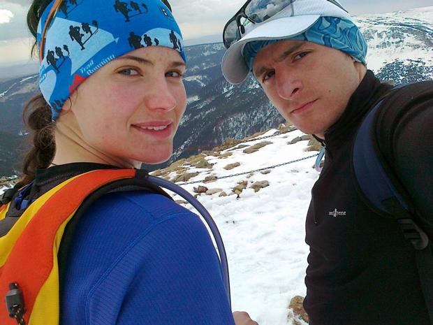 Agnieszka Korpal i Tomek Kowalski w Karkonoszach w 2011 roku (źródło: Zimowy Ultramaraton Karkonoski im. Tomka Kowalskiego)