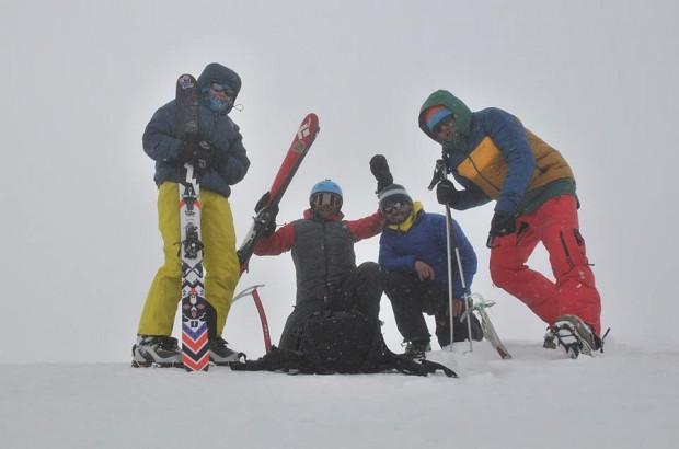 Na szczycie Kazbek. Od lewej: Kinga, Olek, Piotrek, Maciek (fot. P. Śnigórski)