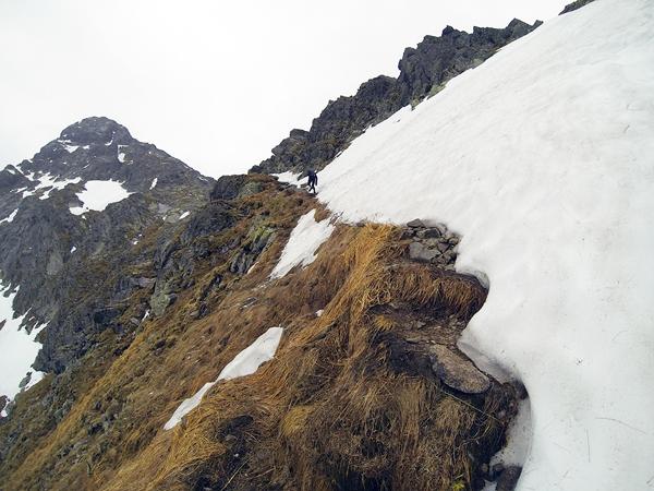 Górna część szlaku pod Świnicką Przełęczą (fot. Marcin Świerc)