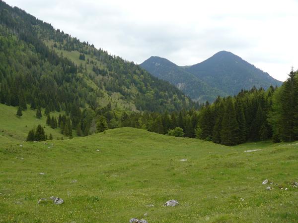 gore-hiking1
