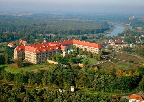 VI_klasztor cystersów fot. Fundacja Lubiąż 2_net