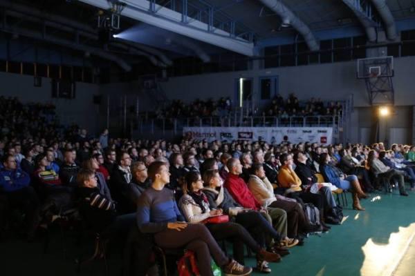 Pełna sala na 12. Krakowskim Festiwalu Górskim (fot. Wojciech Lembryk)