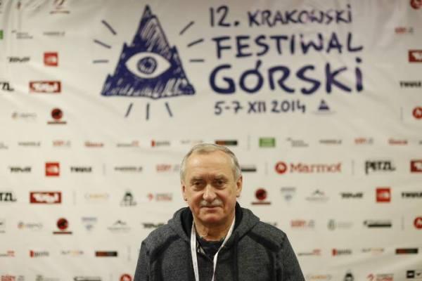 """Krzysztof Wielicki na """"ściance"""" (fot. Wojciech Lembryk)"""