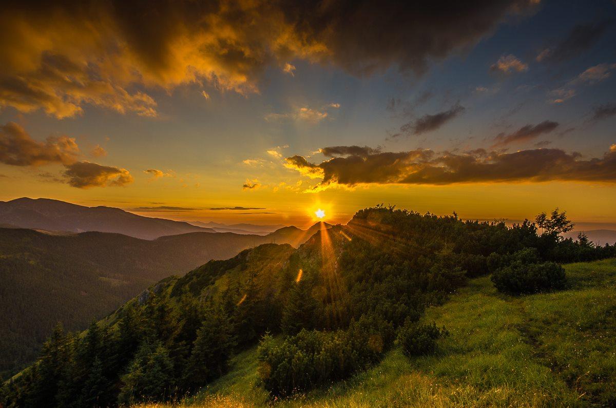 Zachód słońca na Bobrowcu (fot. Michał Sośnicki)