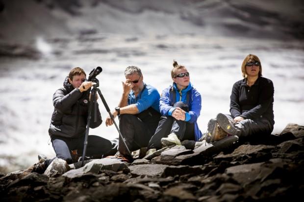 """Na planie """"K2. Dotknąć nieba"""" (fot. David Kaszlikowski/HBO)"""