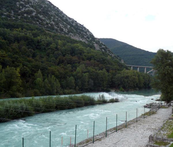 Tor dla kajaków na rzece Soca niedaleko Nova Gorica (fot. Outdoor Magazyn)