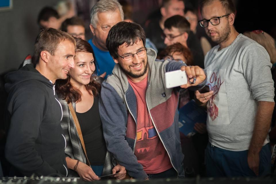 Ueli Steck i selfie :) (fot. Spotkania z Filmem Górskim)