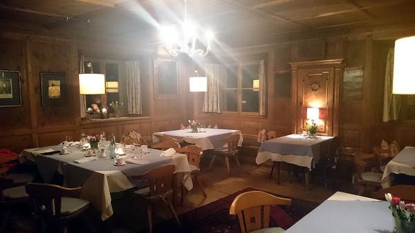 Zabytkowe wystrój restauracji Linde (fot. outdoormagazyn.pl)