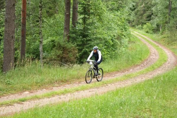 W tym roku baza rajdu mieścić się będzie w Nawiadach k. Mrągowa. Do wyboru będą trasy rowerowe (50 km lub 130 km) i piesze (25 km lub 50 km)