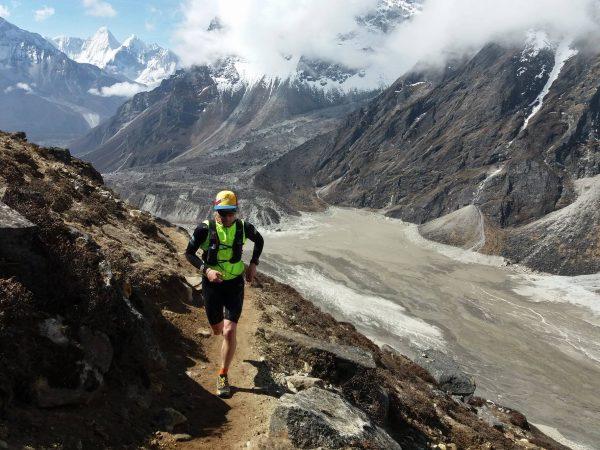 Łukasz Zdanowski podczas aklimatyzacji do Tenzing Hillary Everest Marathon (fot. arch. Łukasz Zdanowski)
